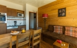 Kitchen and dining - Les Chalets de l'Adet in Saint Lary