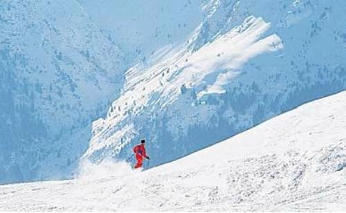 Le Bois Joli Cauterets - Hotel Le Bois Joli Cauterets Pyrenees Ski Accommodation