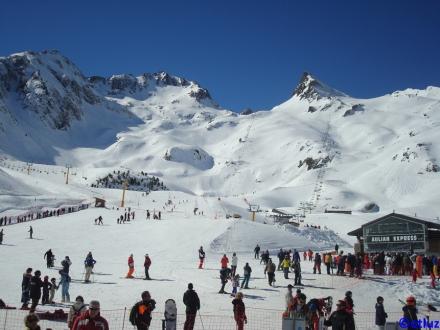 Luz Ardiden bottom of slopes