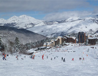 Value skiing, French Pyrenees, France